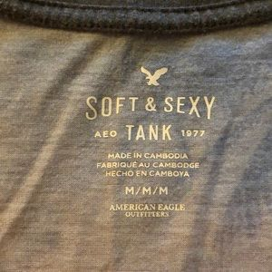 American Eagle Outfitters Tops - American Eagle Palm Tree Tank top